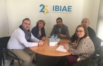 El PSOE de Ibi se reúne con IBIAE
