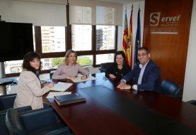 IBIAE y Onil trasladan a la directora general de LABORA la necesidad de formación específica del sector de la muñeca