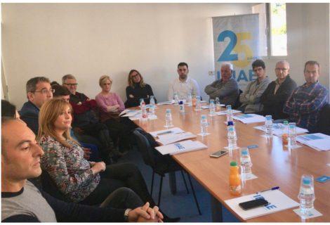 Reunión con empresarios del sector de la muñeca de Onil