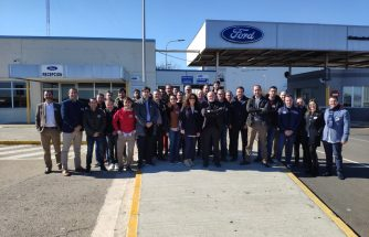FORD España enseña a empresas asociadas a IBIAE su tecnología 4.0 de la planta de Almussafes