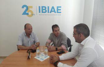 El nuevo presidente del Rayo Ibense presenta su proyecto deportivo a IBIAE