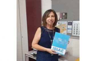 El Archivo Municipal de Ibi recibe un ejemplar del IBIAE Magazine