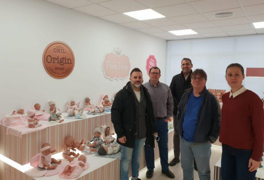 EASDA conoce la profesión de moldeador del sector de la muñeca