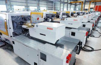 Francisco Bayona instala cinco máquinas de inyección Borche en Plastilar de Barcelona