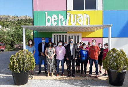 BERJUAN recibe la visita del conseller Climent